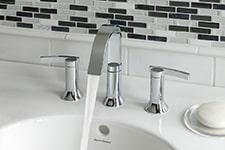 bathroom-remodel-american-standard-faucet-haucke-plumbing-plumber-sheboygan-plymouth-wi